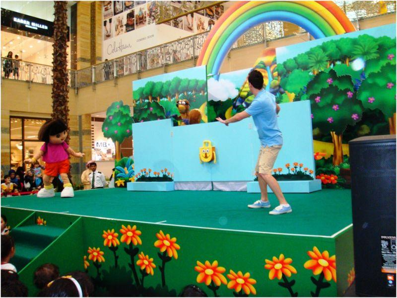 2010 07 07 Dora Show