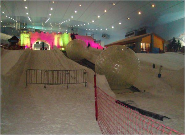 2011 08 17 Snow Park in Ski Dubai