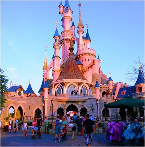 2013 07 22 Soraya at Disneyland Paris