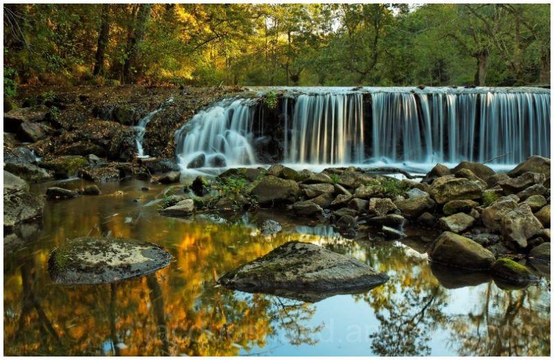 cascade france nantes automne