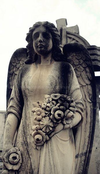 Estatuas...