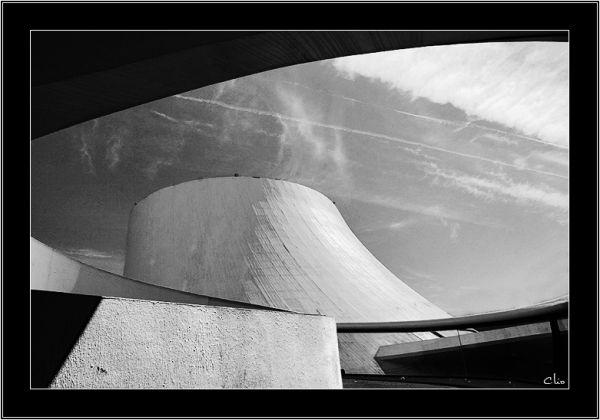 Le volcan de Oscar Niemeyer Le Havre