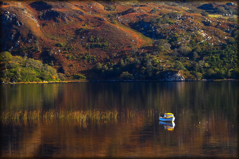 autumn,water, colour,boat,relax,peaceful