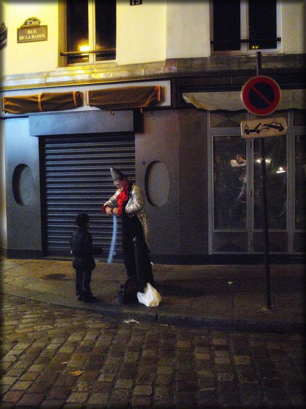 clown,paris,france