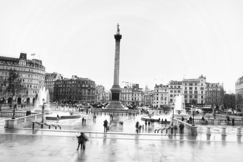 london trafalger square rain city people lifestyle