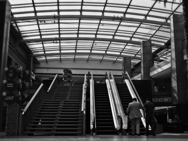 Steps & escalator