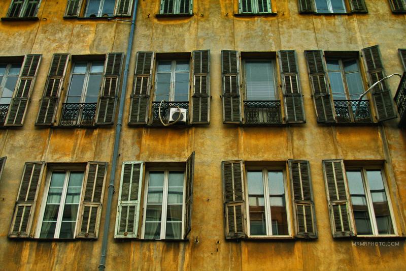 Windows in Nice | France
