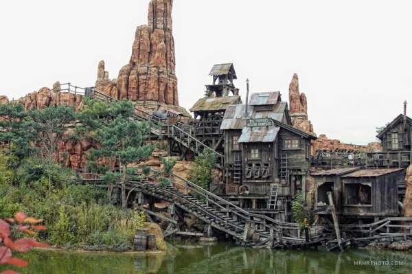 Railway in Paris Disneyland