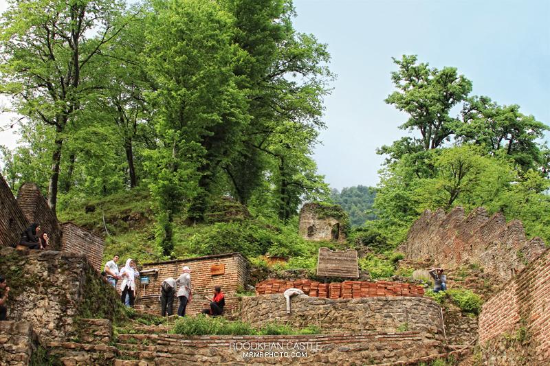 Roodkhan Castle