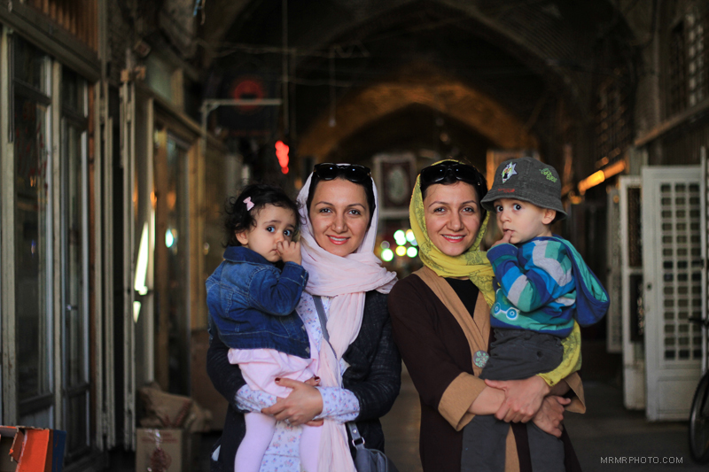 sisters in bazaar