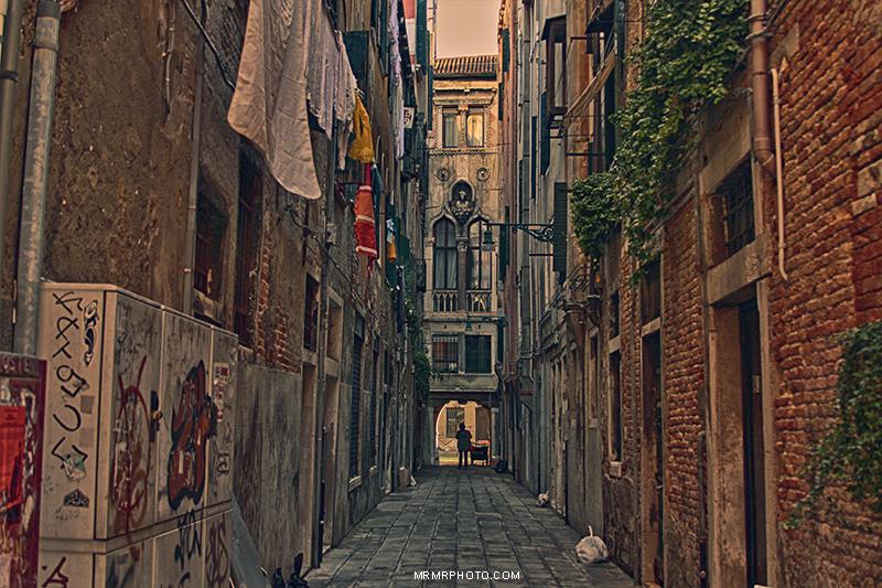 Alley - Venice