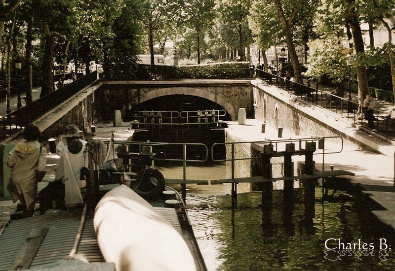 Paris, écluse du Temple, juillet 2003