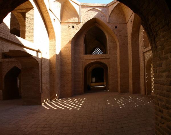 مسجد جامعه اردستان