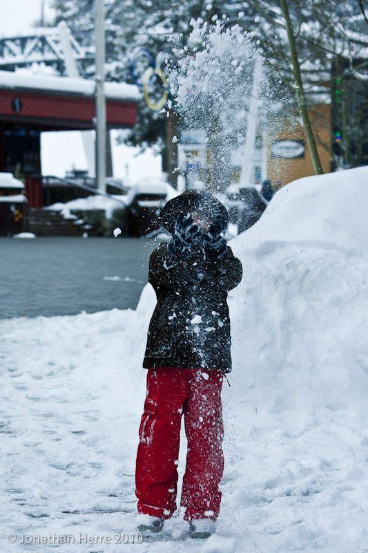 Snow throw!