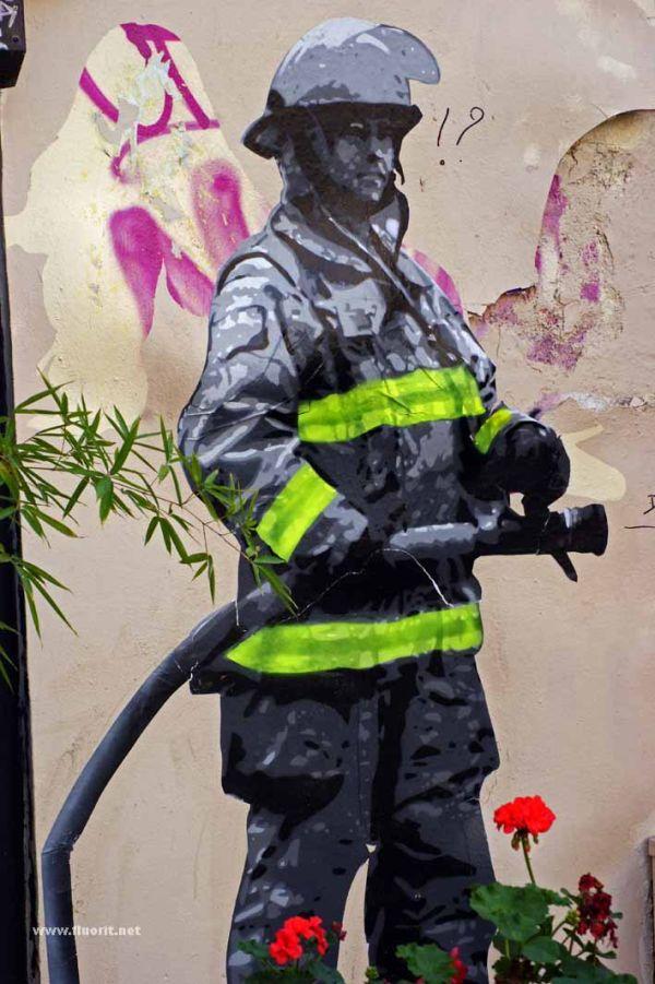 Fireman graffiti