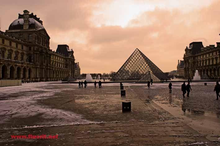 sunset on Louvre Pyramid