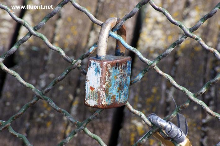 padlocks on the Pont des Arts in Paris