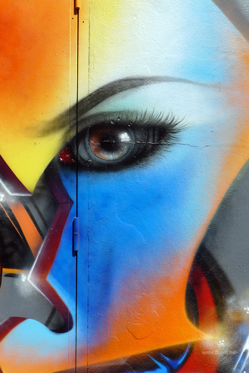 color eye graffiti