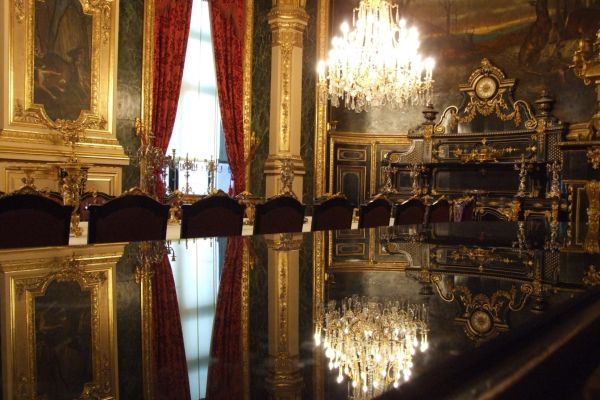 Grand Salon of Napoléon's apartment in Louvre muse