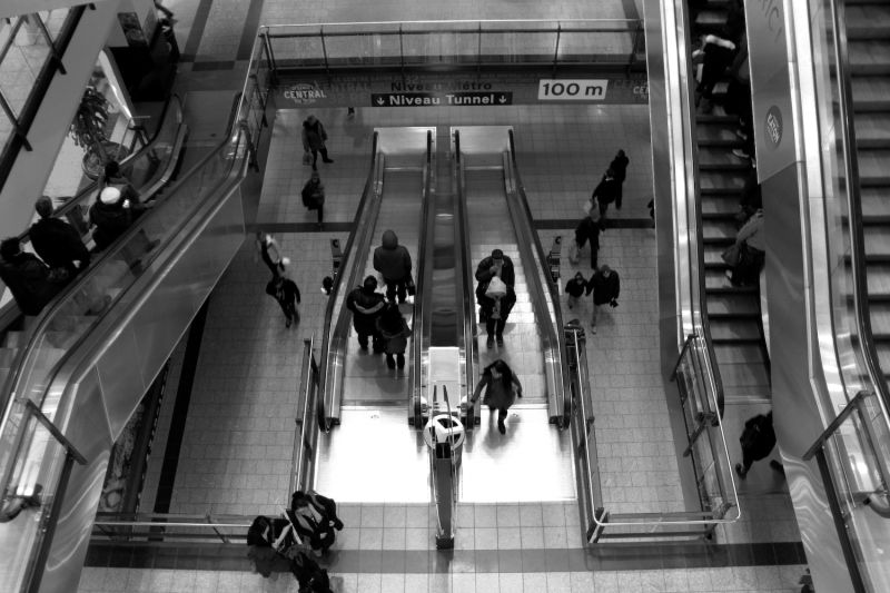 escalator people shopping