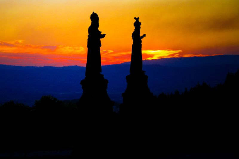 Sunset statues