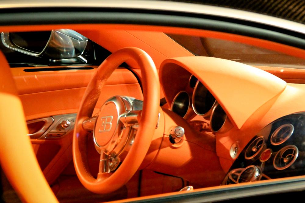 Bugatti Veyron Dash
