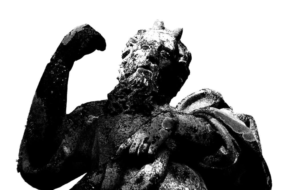 B&W Statue