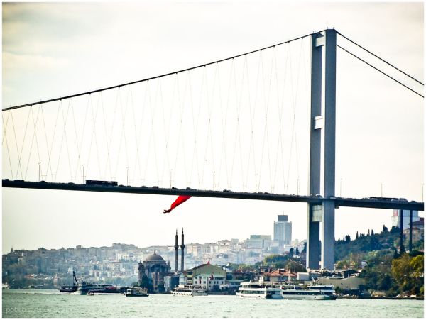 Instanbul - Bosporusbridge 2