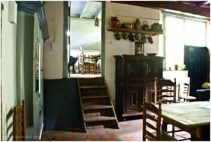 The farmhouse -3-