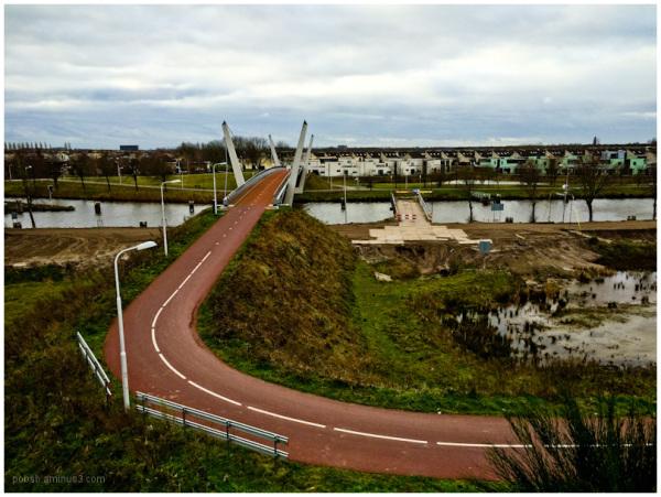 the bridge for bikes