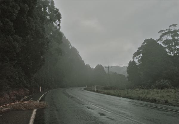 Curve to the right/Eskumarako bihurgunea