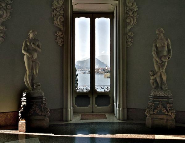 View from the window/Leihoko bista
