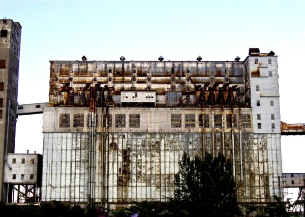 Old factory/Lantegi zaharra
