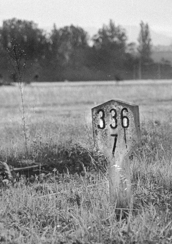 Old marker/Garai bateko ikurra