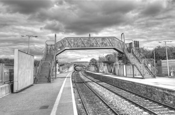 Tren geltokian/In the train station