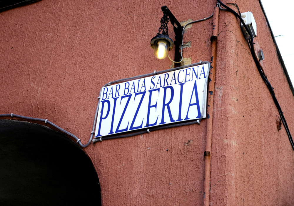 Alboko jatetxea/The restaurant nearby