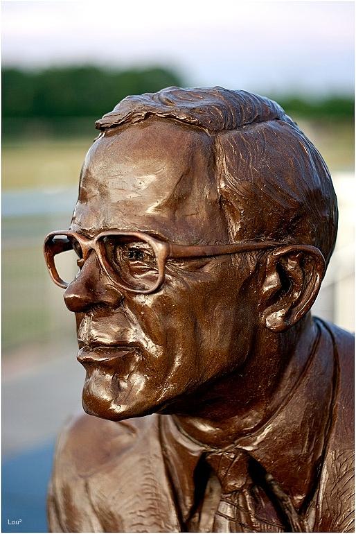 Malcolm W Martin