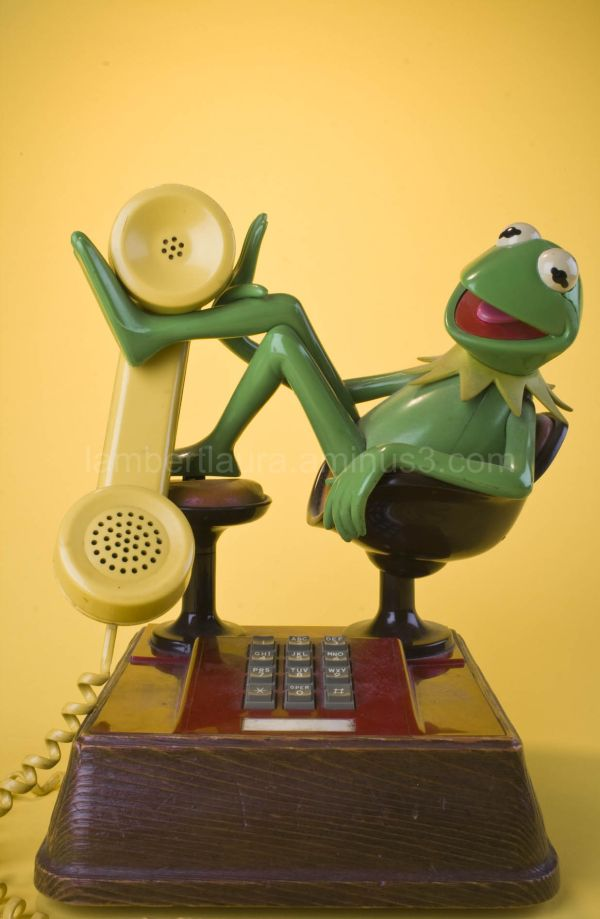 Vintage Kermit Phone