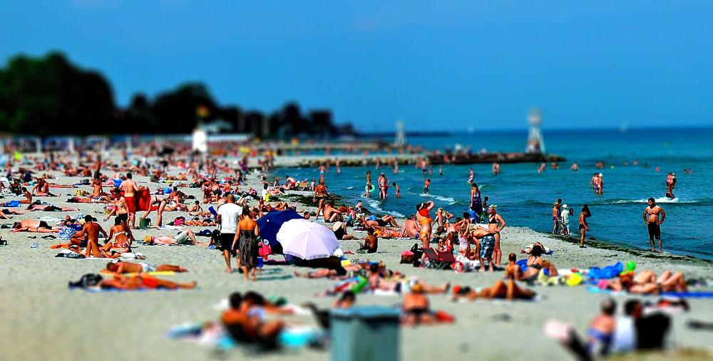 Mini Beach II