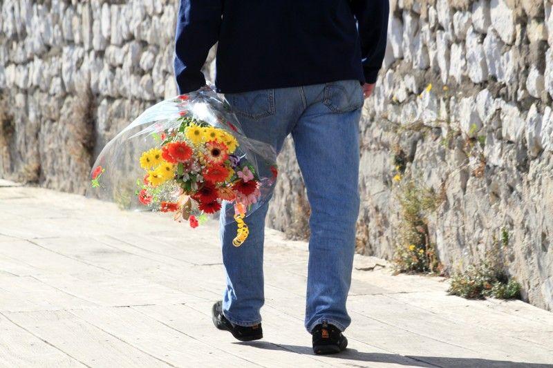 Dites Le Avec Des Fleurs 2 / Say It With Flowers 2