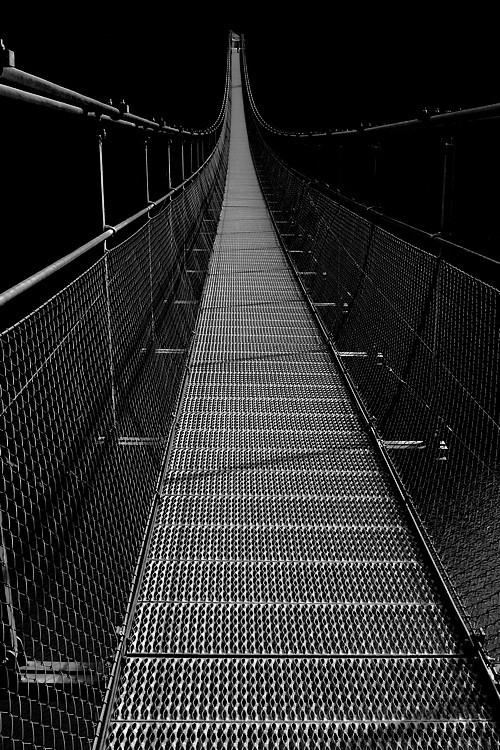 Passerelle de L'Ebron /Ebron's Footbridge .