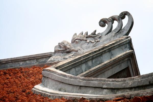 vietnam roof dragon hanoi
