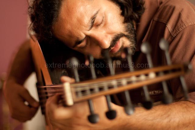 oud ud player musician