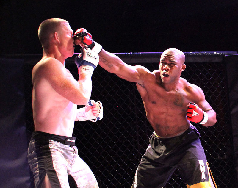 MMA (Mixed Martial Arts) fighting