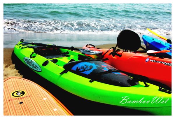 some colorful kayaks