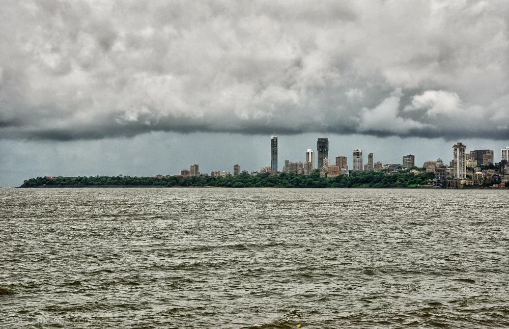 MUMBAI...a floating city...2