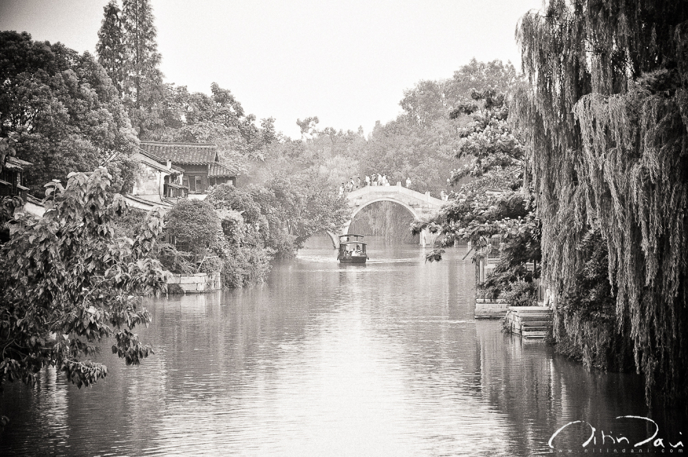 Along Wuzhen