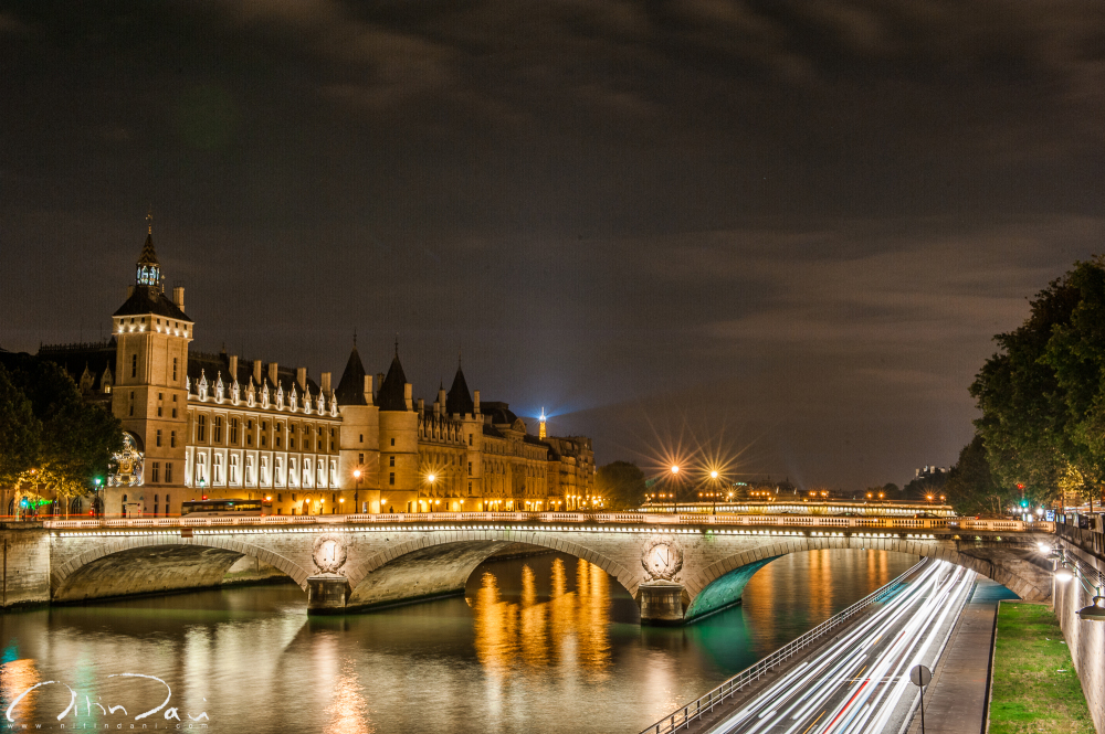 Paris by Night 01