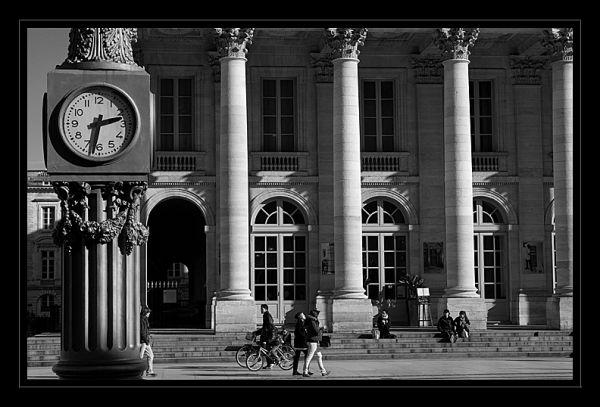 14:32 in Bordeaux