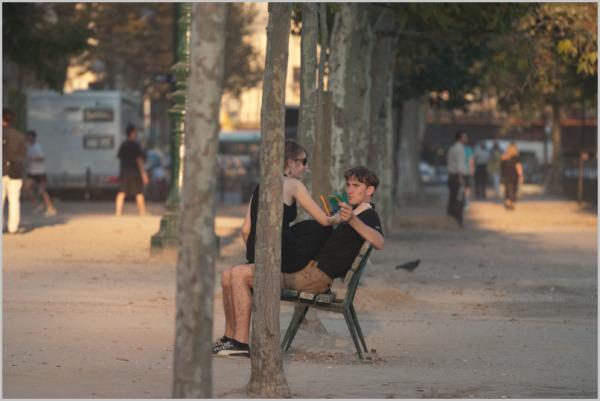 Paris, couple, bench